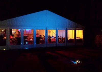 Tent met sfeerverlichting